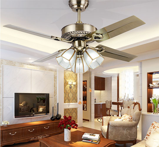 application of Antique brass ceiling fan with 3 lights metal blade European ceiling fans